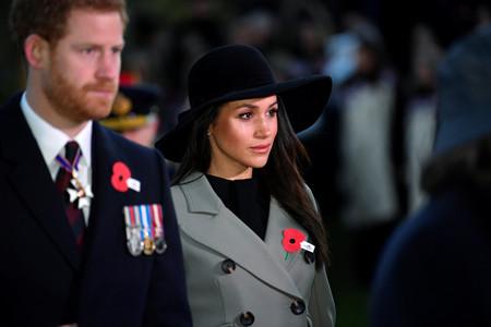 A pocas semanas de su boda, Meghan Markle aparece en un acto oficial con sombrero (y deja claro que es el complemento estrella)