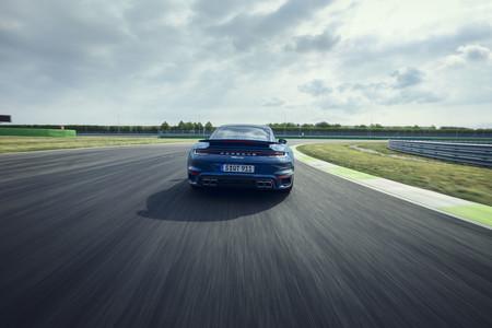 Porsche 911 Turbo 2021 5