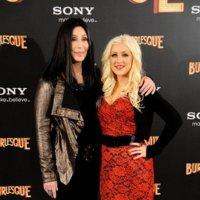 Los looks de Cher y Christina Aguilera en Madrid