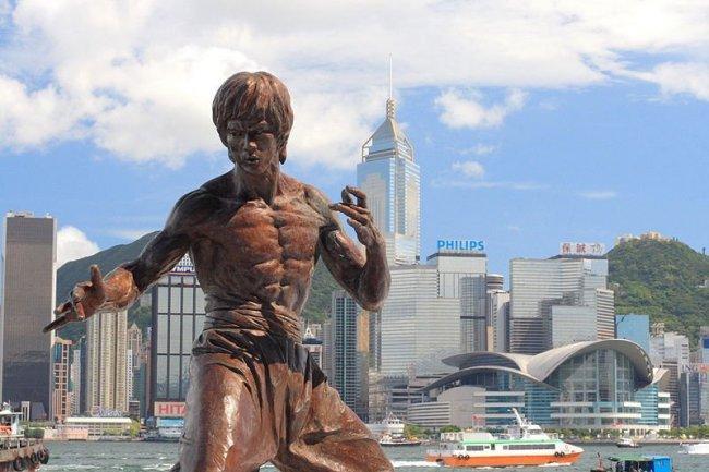 800px-hong_kong_bruce_lee_statue.jpg