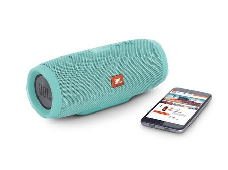 Altavoz Bluetooth JBL Charge 3, resistente al agua, por 139 euros y envío gratis