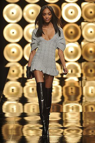 paul-joe-fall-fashion-2009-006_runway.jpg