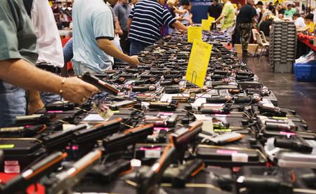 Resultado de imagen de Australia confiscó las armas a sus ciudadanos. Y desde entonces no ha tenido tiroteos masivos