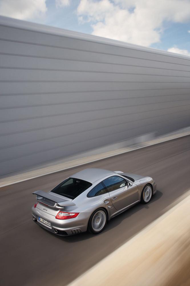Foto de Porsche 911 (997) GT2 (17/32)