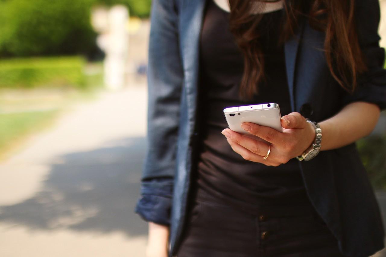 Cómo evitar que nuestro teléfono o ciertas aplicaciones se conecten a internet sin nuestro permiso