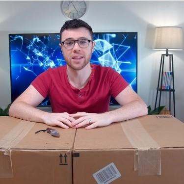 Terapia a través del unboxing: La máxima representación en YouTube del posmodernismo
