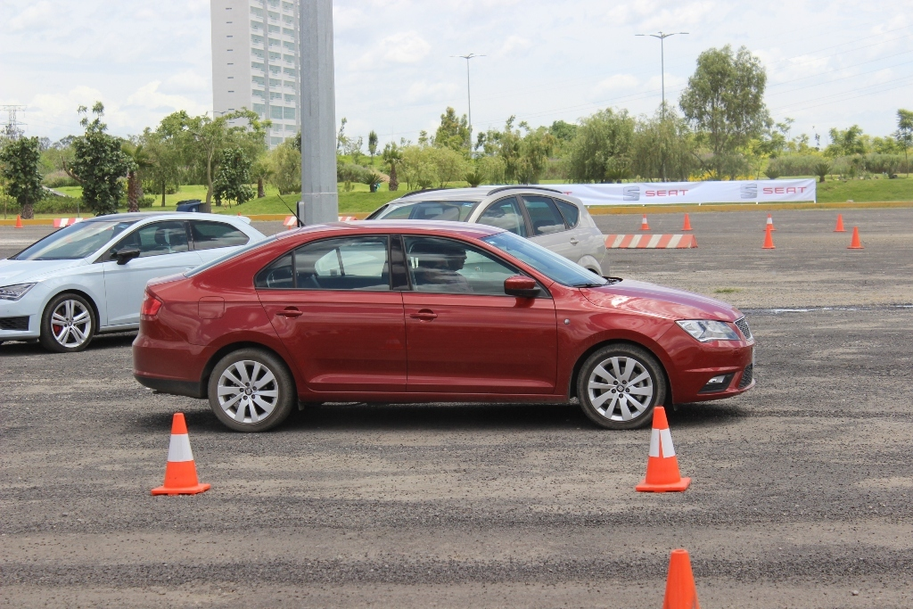 Seat Track Day 9 31