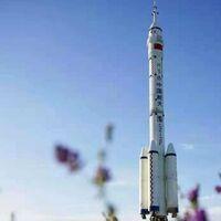 China hace historia y manda tres astronautas a su nueva estación espacial: es la primera misión tripulada en cinco años