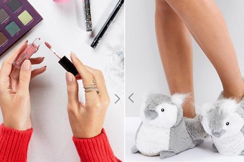 Asos 30% de descuento en regalos: Bufandas, maquillaje, pijama, pantuflas, bolsos...
