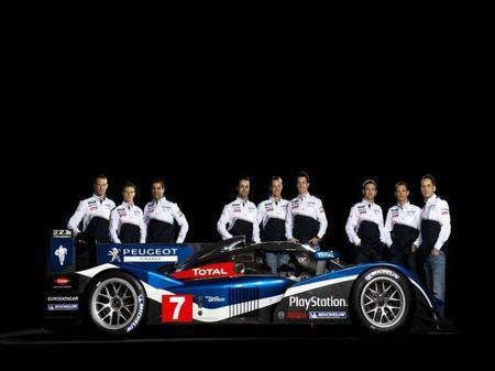 Marc Gené admite la posibilidad de formar equipo con Sébastien Loeb y Kimi Raikkonen en 2012