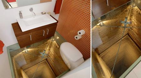 Casas poco convencionales: un baño que se asoma al abismo