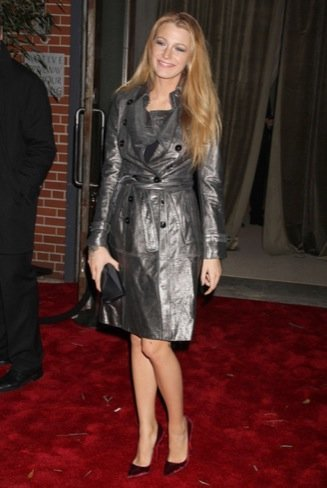 Blake Lively abrigo CFDA Vogue Fashion Fund