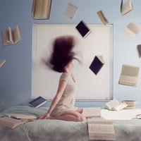 Hay una palabra japonesa que significa que compras más libros de los que puedes leer