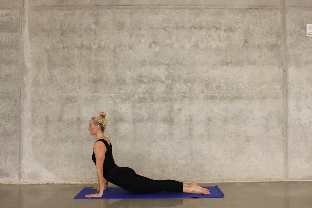 Mejorar la flexibilidad en casa: seis ejercicios que puedes practicar en tu salón