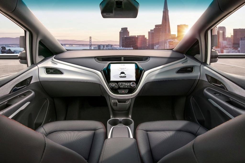 General Motors está presionando a las autoridades para poner en la calle sus coches autónomos sin volante ni pedales en 2020
