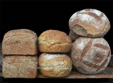 No es lo mismo pan integral que rico en fibra. Diferencias