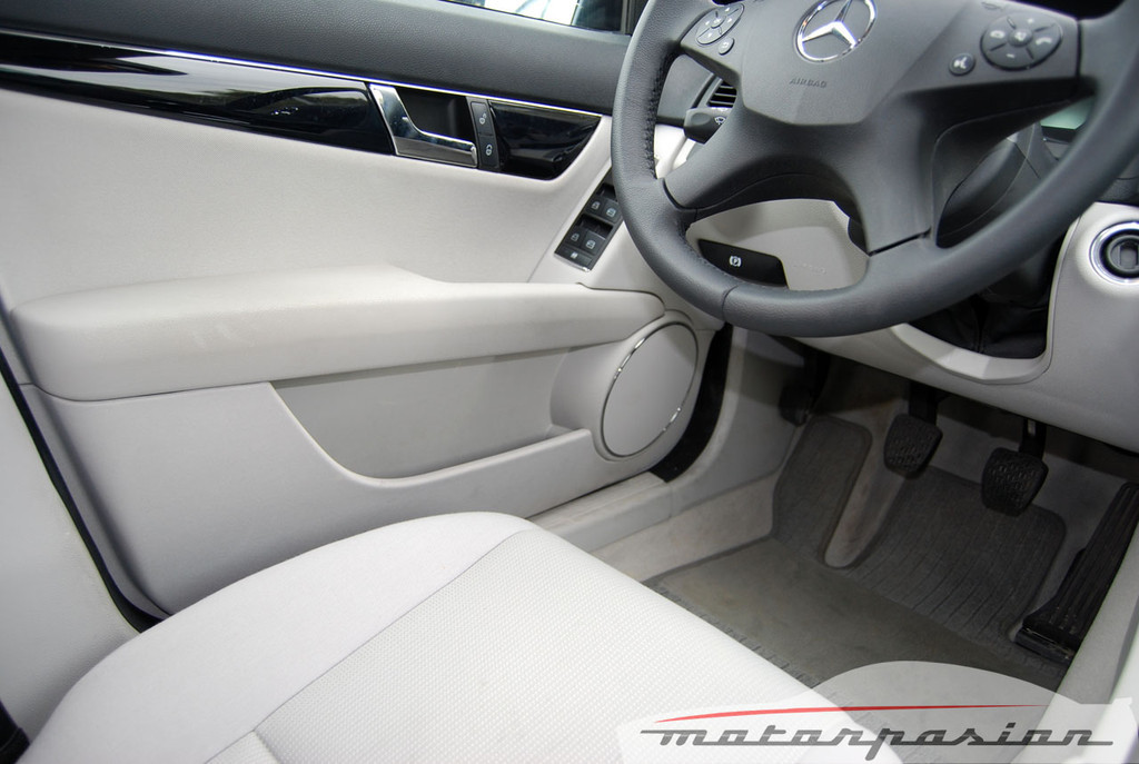 Foto de Mercedes Clase C 200 CDI BlueEfficiency (prueba) (14/56)