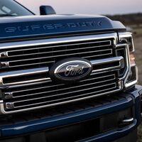 """GM demanda a Ford acusándolos de """"competencia desleal"""" y esta es la razón"""