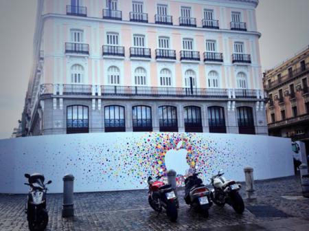 Por fin: La Apple Store de Puerta del Sol amanece con el anuncio oficial en su muro