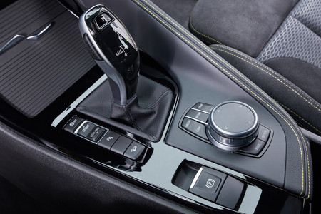 BMW X2 2018 interior