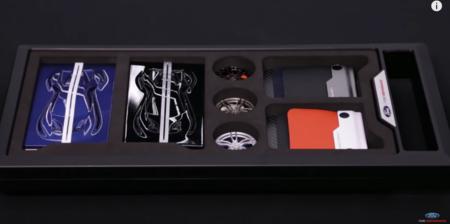Si te llega este kit de Ford sabrás que has sido elegido para comprar un Ford GT
