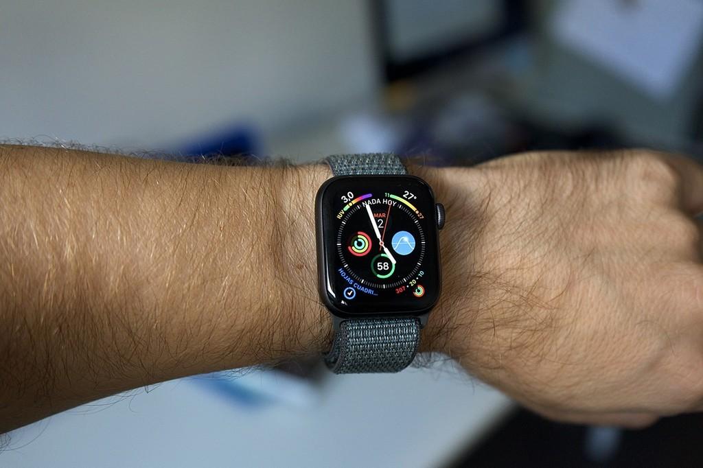 Cómo activar el electrocardiograma (ECG) en el Apple Watch Series 4 fuera de EEUU