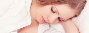 Sed insaciable durante la lactancia: a qué se debe y qué puedes hacer para aliviarla