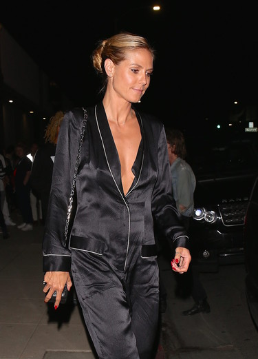 ¿Un mono estilo pijama? Solo Heidi Klum puede salir así a la calle