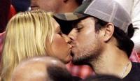 Enrique Iglesias y Anna Kurnikova se casan en secreto