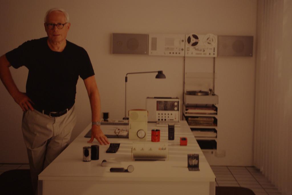 Dieter Rams, el diseñador alemán que predica la sobriedad e influyó en el estilo de Apple
