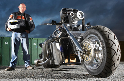 Rapom V8 Monster Bike
