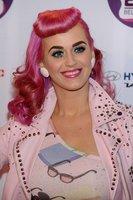 Los mejores looks en los premios Europe MTV Awards 2011