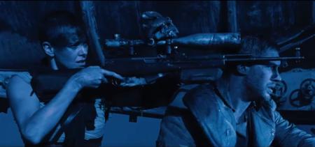 Furiosa y Max colaboran para acabar con los salvajes