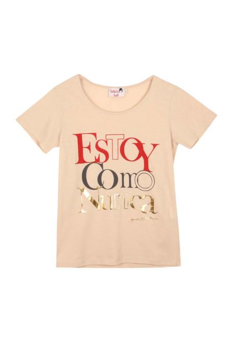 La moda habla en camisetas con mensajes