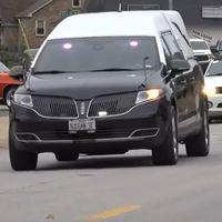 La última voluntad de un chaval de 14 años: miles de coches acompañándole en su funeral