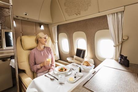 La oferta de Primera Clase de Emirates se supera: suites privadas