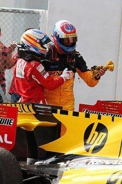 GP de Turquía 2010: Fernando Alonso de duodécimo a octavo con dos principiantes con Sauber y Renault