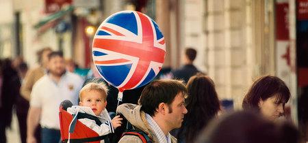 ¿Cómo está afectando la caída de la libra a los ciudadanos que residen fuera del UK?