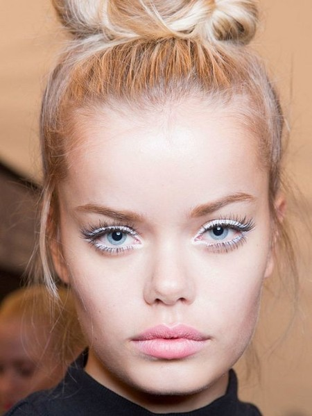 Eyeliner Blanco 7