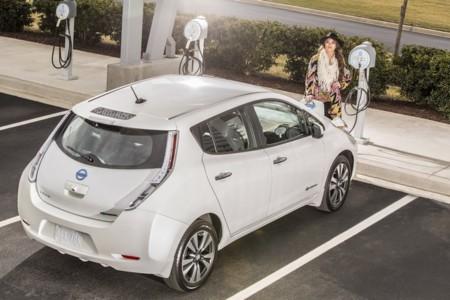 2015 Nissan Leaf 11