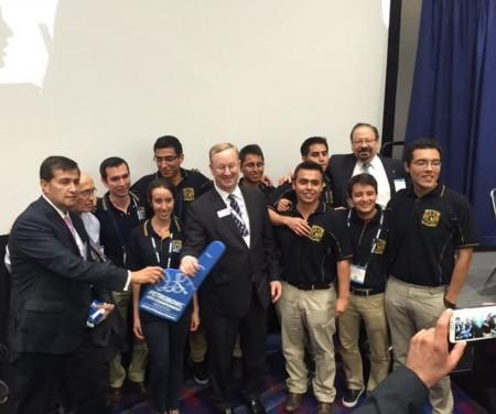 Equipo de la UNAM gana PetroBowl, una competencia internacional de ingeniería petrolera