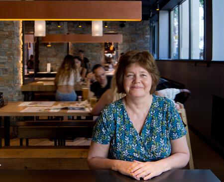 """Carolyn Steel: """"Si comemos bien, muchos problemas a los que se enfrenta la sociedad desaparecerán"""""""