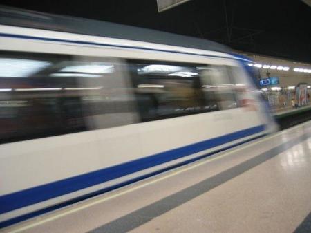 La Comunidad de Madrid pide rebajar el IVA en el transporte público