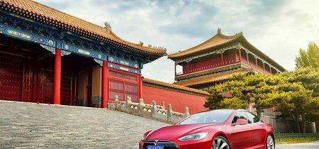 Tesla quiere fabricar coches en China y ya negocia en Shanghái, también quiere hacer la competencia a Spotify