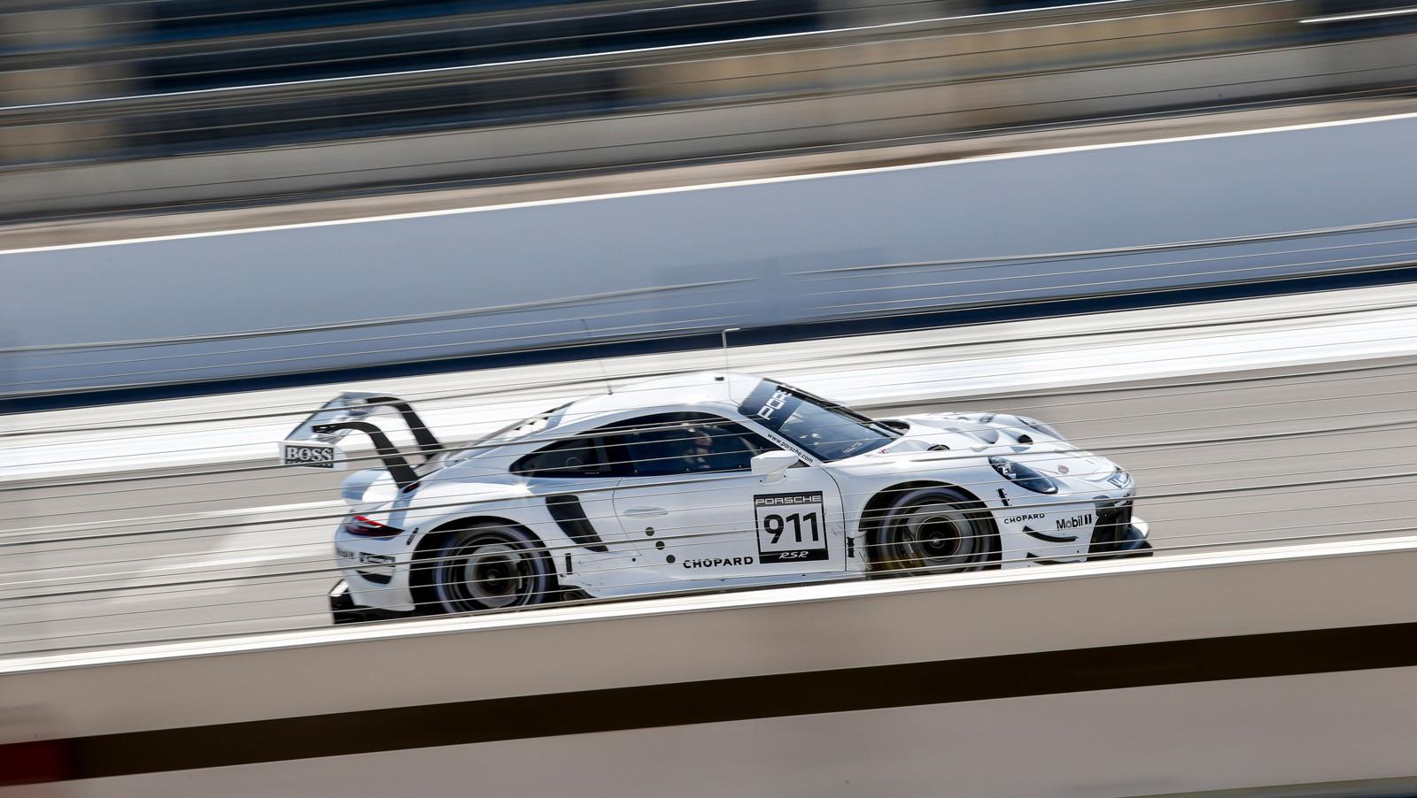 Foto de Porsche 911 RSR GTE 2019 (4/41)