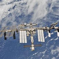 Grabar una película en el espacio también es un reto para la ISS: el módulo que regresará a los actores rusos desestabilizó la estación
