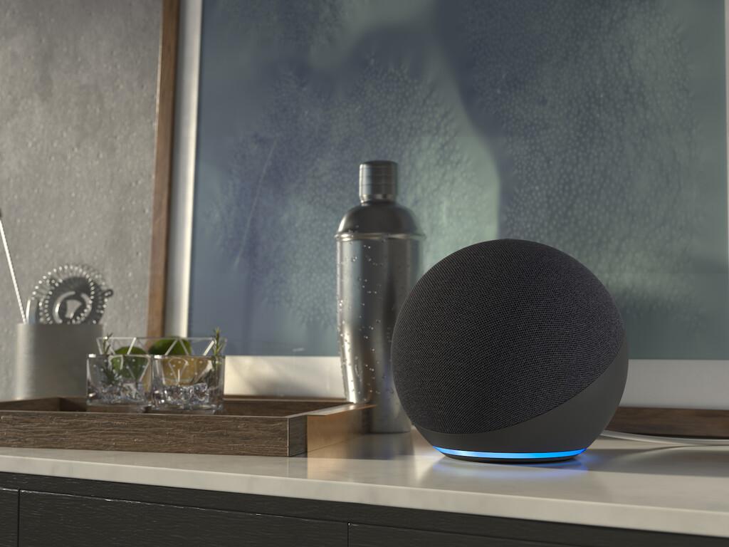 Nuevos Echo, Echo Dot y Echo Show 10 (2020) ya a la venta en España: así queda la familia de altavoces inteligentes de Amazon
