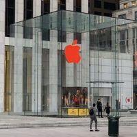 Las Apple Store en todo el mundo cambiaron sus logotipos de blanco a rojo por el Día Mundial del SIDA