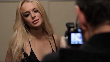 Más vale tarde que nunca, Lindsay Lohan en el videoclip maldito de R.E.M.