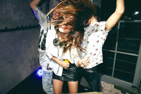 ¡Viernes! ¡Música! ¡Baila!